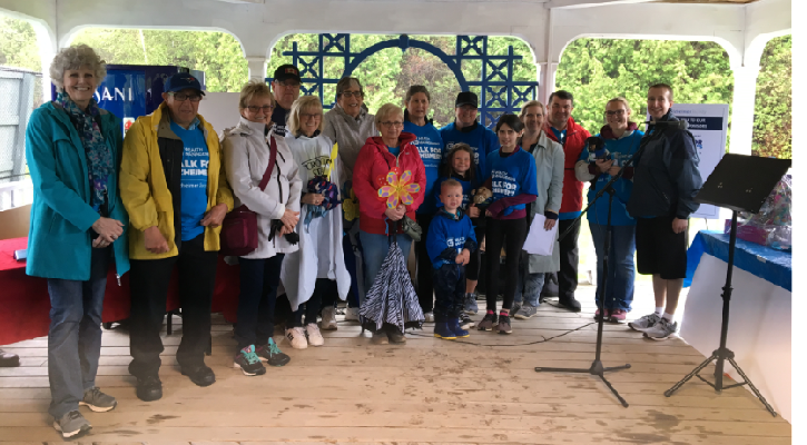 Group shot of top donors at 2019 Walk for Alzheimer's